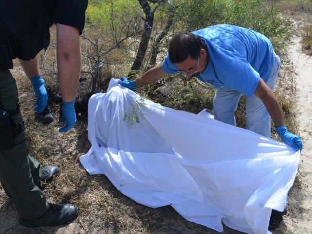 Texas Border Patrol Agents Find 3 Migrant Corpses in Day
