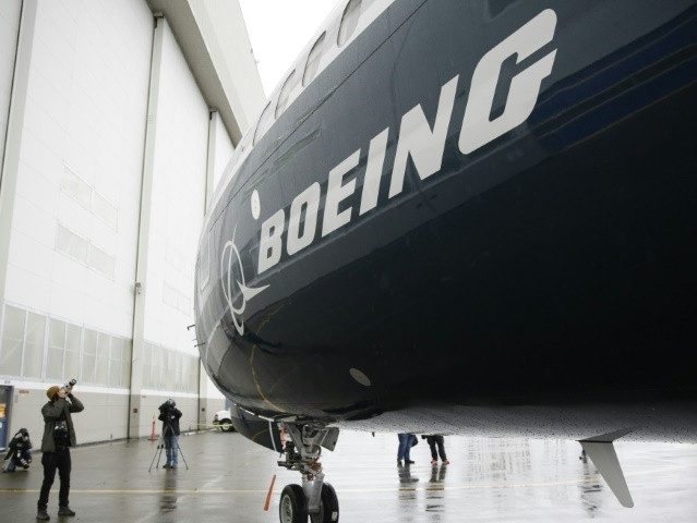 Boeing Ends Sales to Iran Following U.S. Sanctions