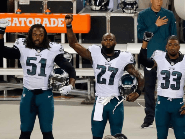 Report: Eagles Planned to Send Less than 10 Players to White House