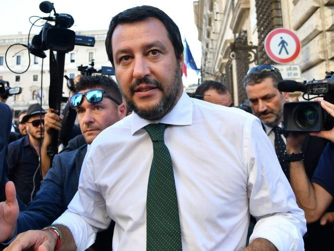 'Pack Your Bags': Italy's New Interior Minister Talks Tough on Migrants