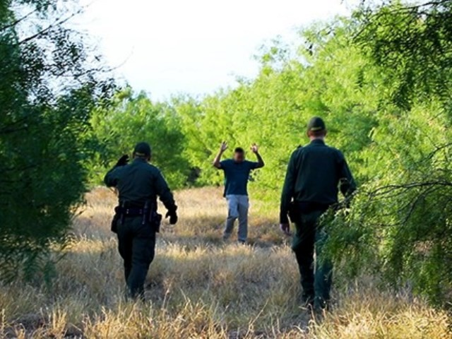 Border Patrols Agents Save Dehydrated Migrants on Texas Ranches