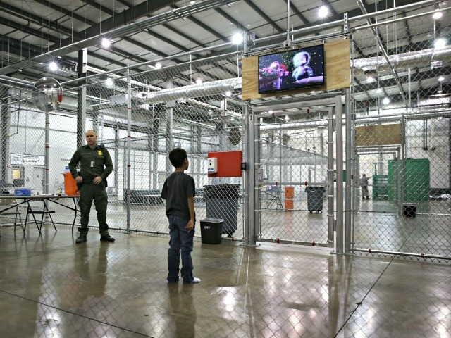 PHOTOS: Obama Used Same So-Called 'Cages' to Detain Child Border Crossers
