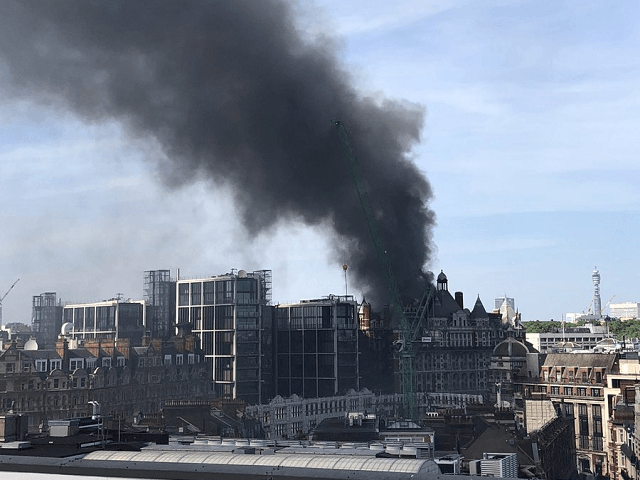 20 Engines, 120 Fire Fighters Tackle Significant Blaze at Central London Hotel