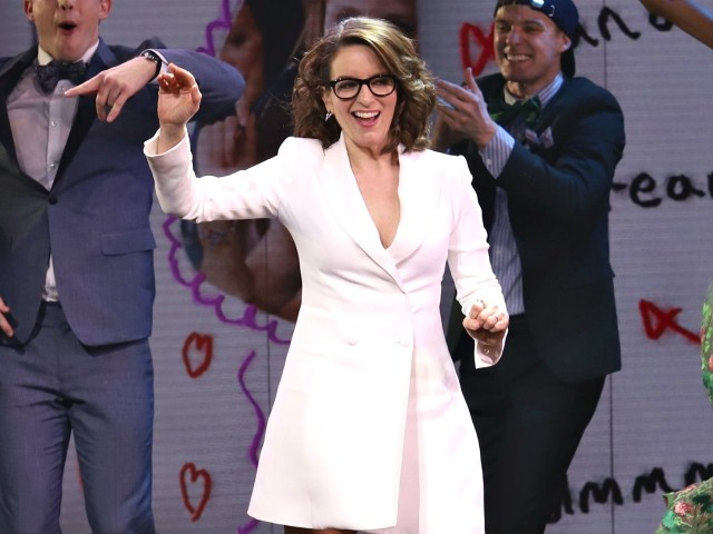 Tina Fey Leads Broadway Stars in Benefit Concert for Illegal Border Crossers