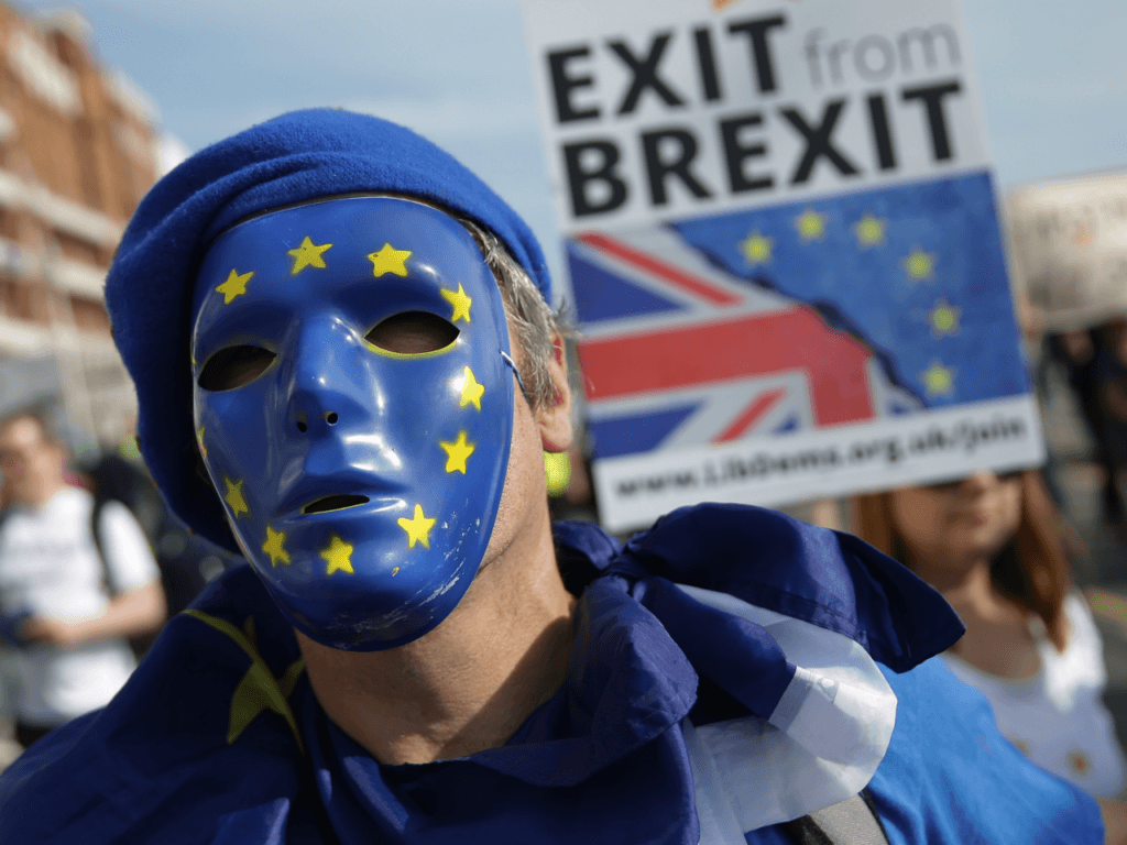 Remainers Congratulate May's Brexit Betrayal