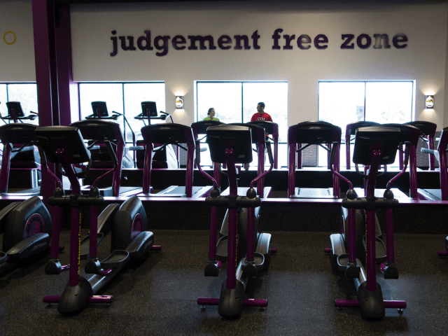 Planet Fitness Ends Woman's Membership over Complaint of Man in Women's Locker Room