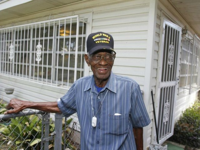 Thieves Drain Bank Account of Oldest Living U.S. Veteran