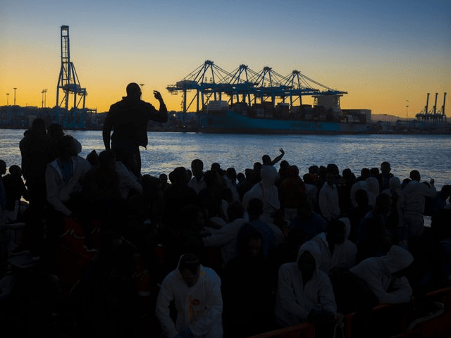800 Migrants Storm Fences to Enter Spanish Enclave in Africa