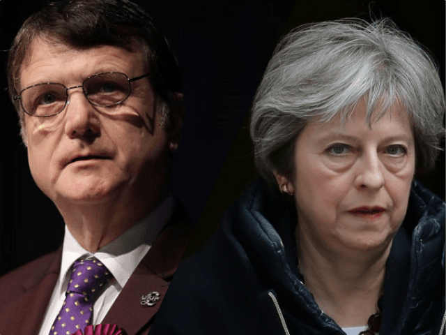 UKIP's Batten Demands May Resign, Labels Her Leadership 'a Disaster for the Country'
