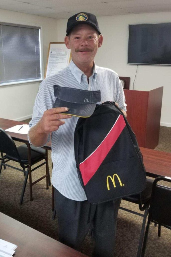 Homeless Man Gets Job at McDonald's After Cop Helps Him Shave