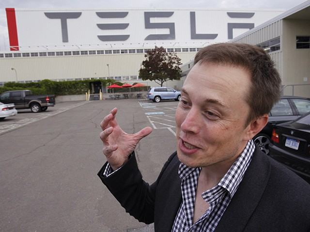 Elon Musk Changes His Mind on Taking Tesla Private
