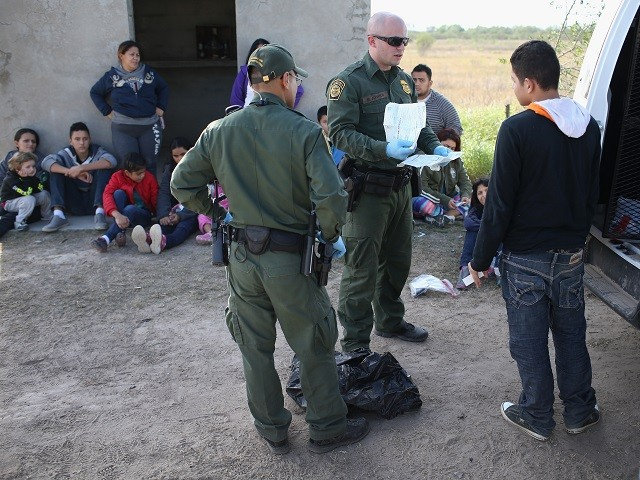 Illegal Border Crossings Drop for Second Month Following 'Zero Tolerance'