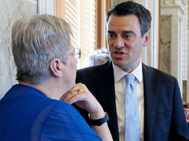 GOP Kevin Yoder Drops to 'Toss-Up' After His Catch-and-Release Vote