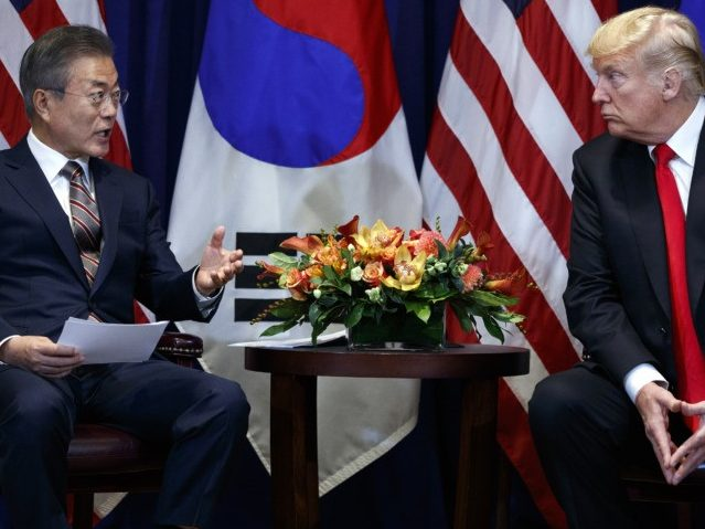 Trump Meets with South Korean President, Summit with Kim Jong-Un Coming 'Quite Soon'