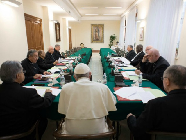 Council of Cardinals Expresses 'Full Solidarity' with Pope Francis on Sexual Abuse Scandal