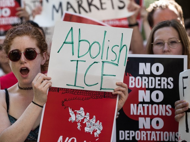 Fast-Food Workers Union Demands Restaurant to Allow Employees to Wear 'Abolish ICE' Pins