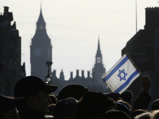Exodus: British Jews Join Global Flight and Leave for Israel