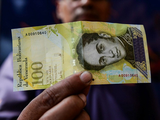 Venezuelans in Colombia Use Bolivars to Make and Sell Art
