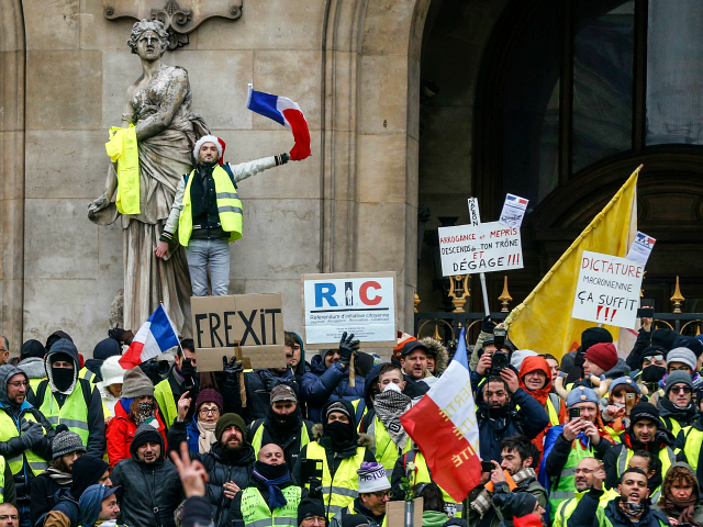 Paris: Arrests and Tear Gas as 'Yellow Vests' Protest Macron's France