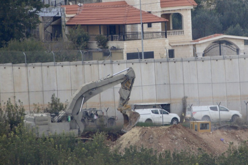 IDF Warns Lebanese to Evacuate Homes Atop Hezbollah 'Explosive' Tunnels