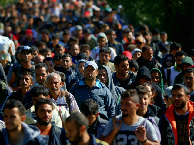 EU, UN Back Illegal Mass Migration, Says Hungarian Govt