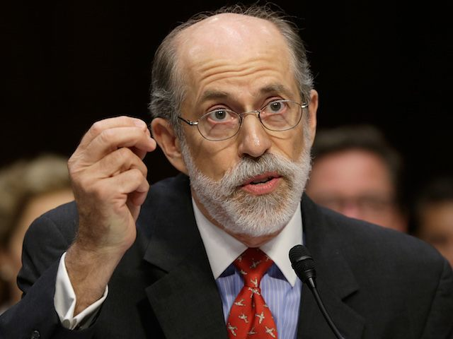 Exclusive– Frank Gaffney to Trump: Use Veto Power to Secure Wall Funding