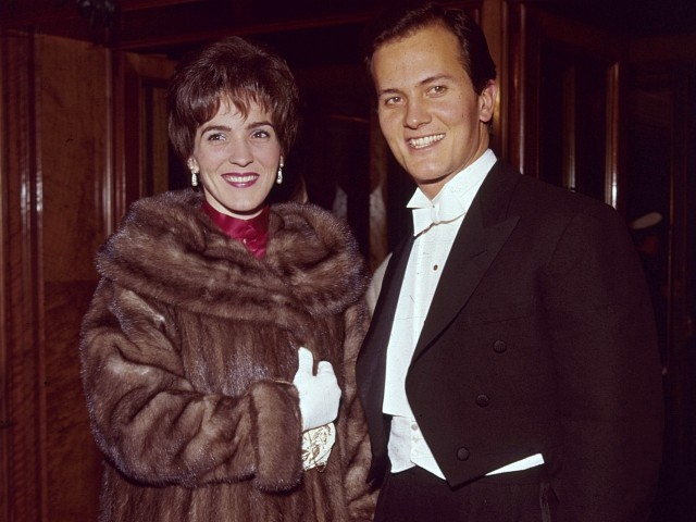 Shirley Boone, Wife of Singer Pat Boone and Philanthropist, Dies