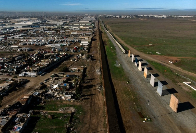ABC/WaPo Poll: Support for Border Wall Soars Among Swing Voters