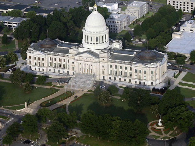 Arkansas Senate Passes Abortion Ban if Decision Is Left to States