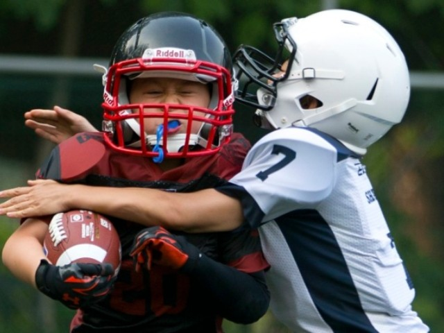 Massachusetts Mulling Ban on Youth Tackle Football