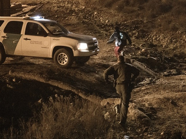 Border Patrol Agent Assaulted by Rock-Throwing Migrants, Say Feds