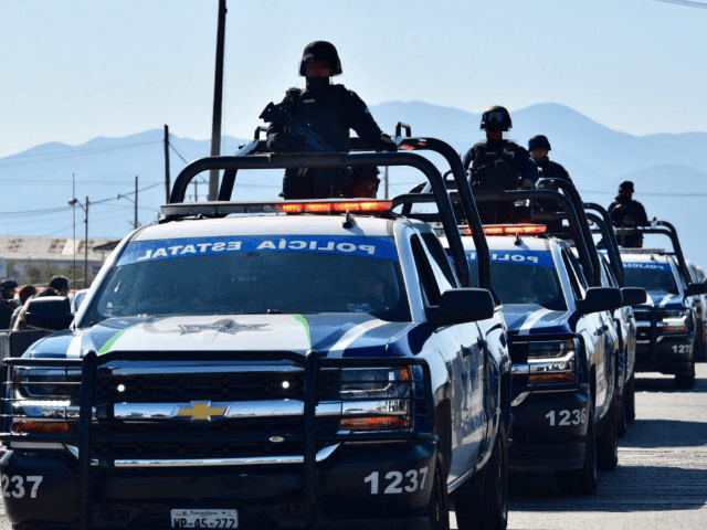 GRAPHIC -- Mexican Border City Cartel Gunfights Kill Five