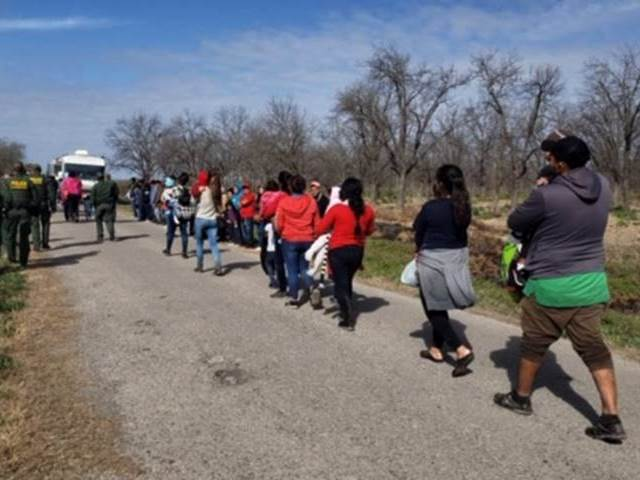 500 Migrants Apprehended Crossing Texas Border River in Two Days