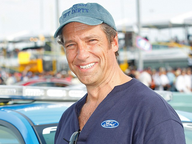 Mike Rowe on College Bribery Scam: Cost of College Is the Real Scandal