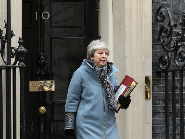 May Offers Resignation to Get Brexit 'Worst Deal in History' Over the Line