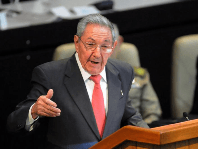 Raul Castro Warns Cubans: 'Prepare for the Worst Case' Economy