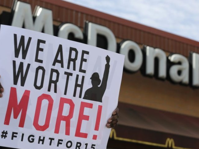 Flint, Michigan: McDonald's Workers Rally for $15 Minimum Wage