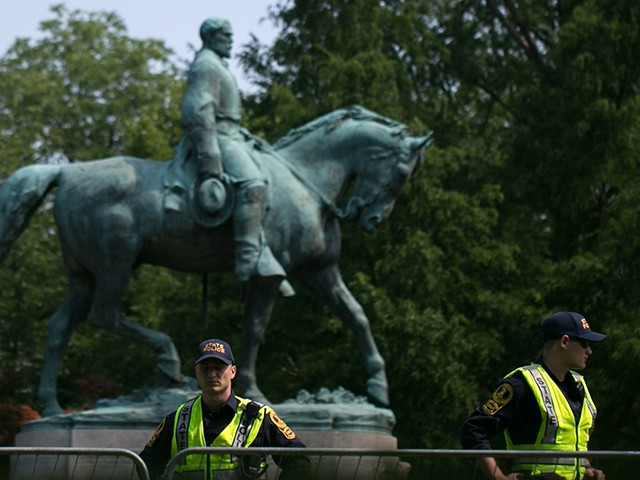 Charlottesville Judge Rules Confederate Statues Are Protected War Monuments
