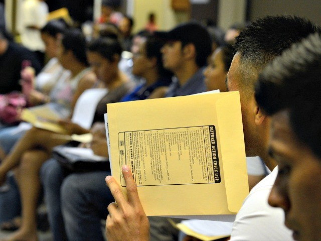 College Lobby: Congress Should Help Illegals Get U.S. Graduates' Jobs