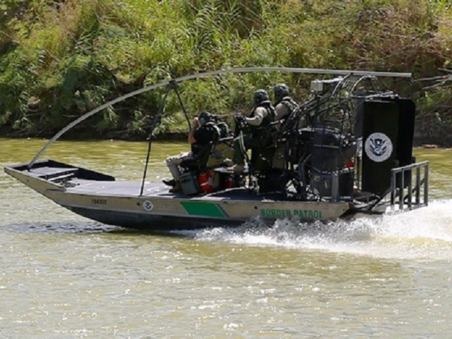 Bodies of Two Drowned Migrants Found in Rio Grande