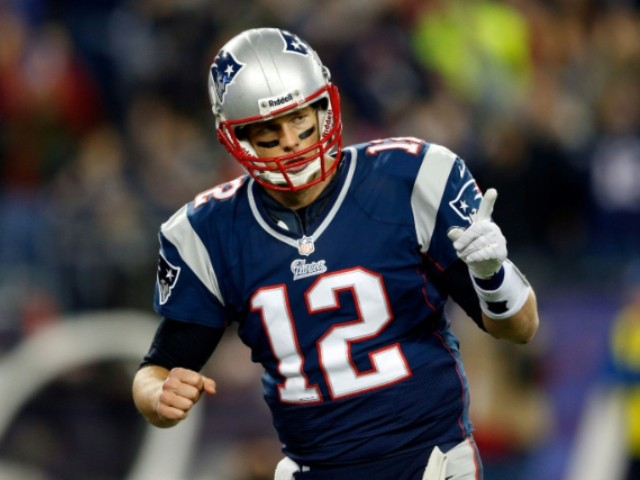 Brady, Patriots Agree on Two-Year Extension