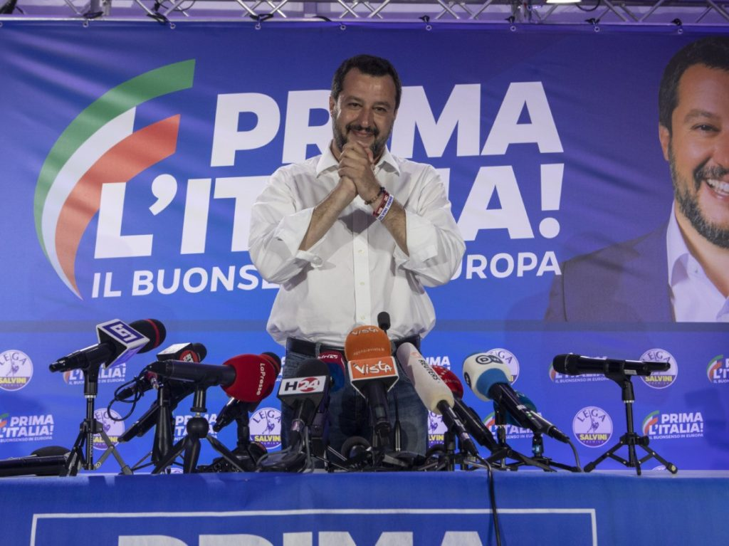 Italy Heading to Elections as Populist, Border Control Salvini Prepares to go it Alone Without Coalition