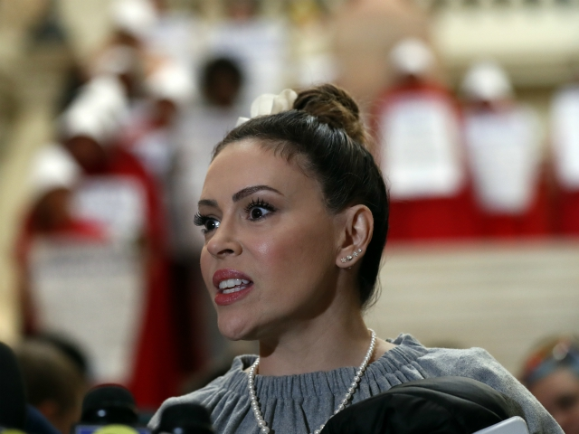 Alyssa Milano Spreads Fake News About Trump Deporting Kids with Cancer: 'Impeach This A**hole Now'