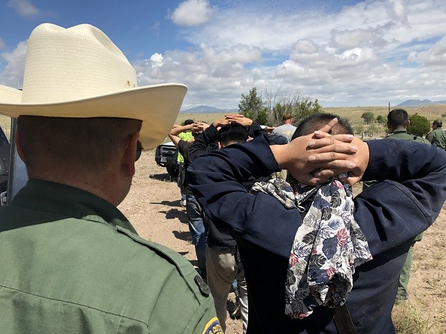 10 Chinese Migrants Apprehended in West Texas Smuggling Attempt