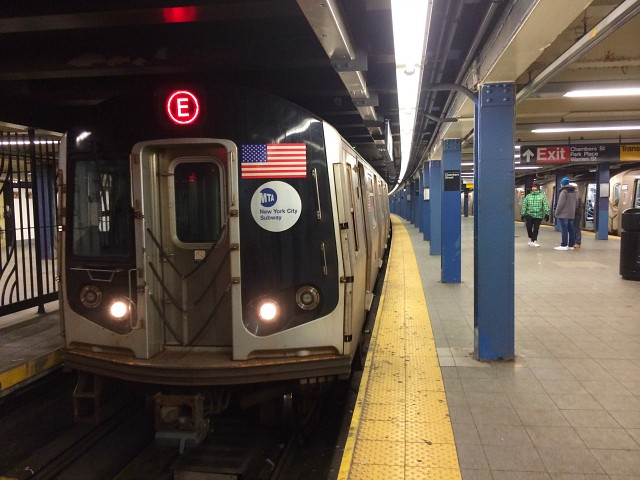 Five-Year-Old Narrowly Survives Father's Subway Track Suicide