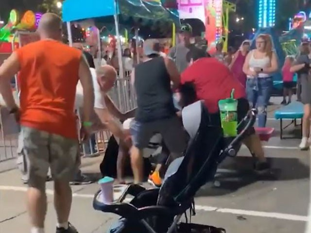 VIDEO: Adults Brawling at Carnival Send Children Running in Terror