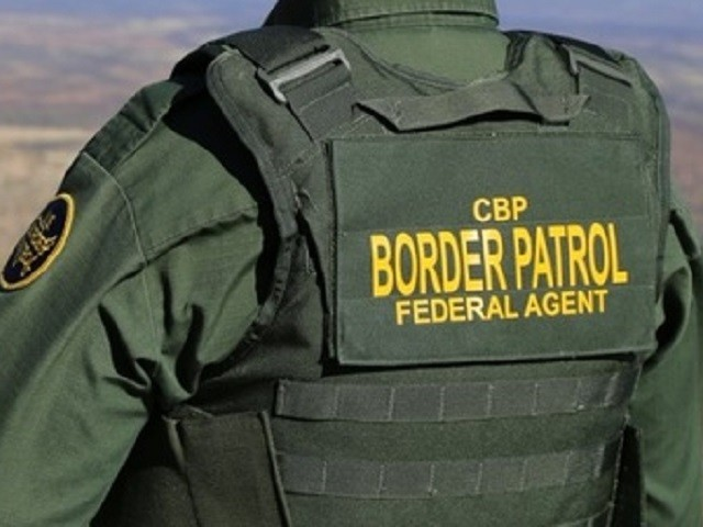Border Patrol Agent Disarmed Gunman in El Paso Restaurant