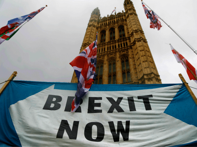 Leading Think Tanks Call for MPs to Reject 'Defective' Brexit Deal