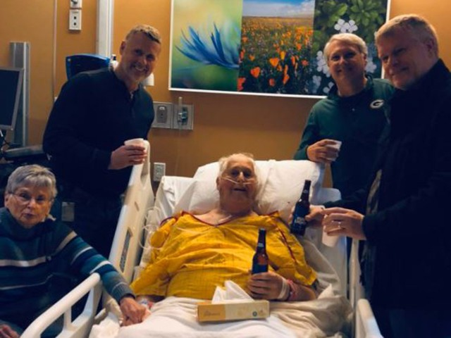 87-Year-Old Wisconsin Man Gets Final Wish: Having a Beer with His Sons