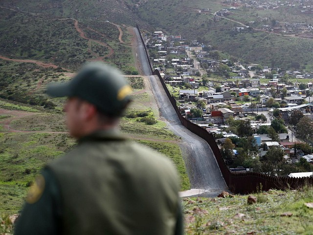 Border Patrol Agent Returns Fire, Kills Shooter in New Mexico